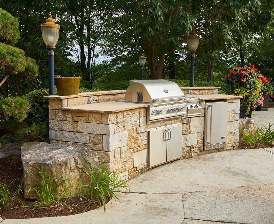 Tedsgardens Stone Outdoor Kitchen Ted Lare Design Build